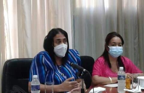 Insiste viceministra cubana de Salud en evitar Covid-19 en centros laborales