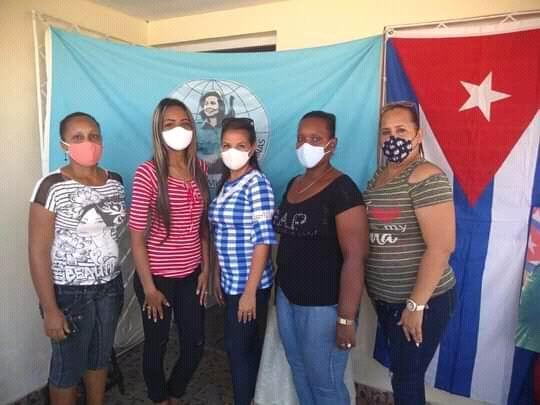 Mujeres manzanilleras protagonistas en la batalla contra la Covid-19