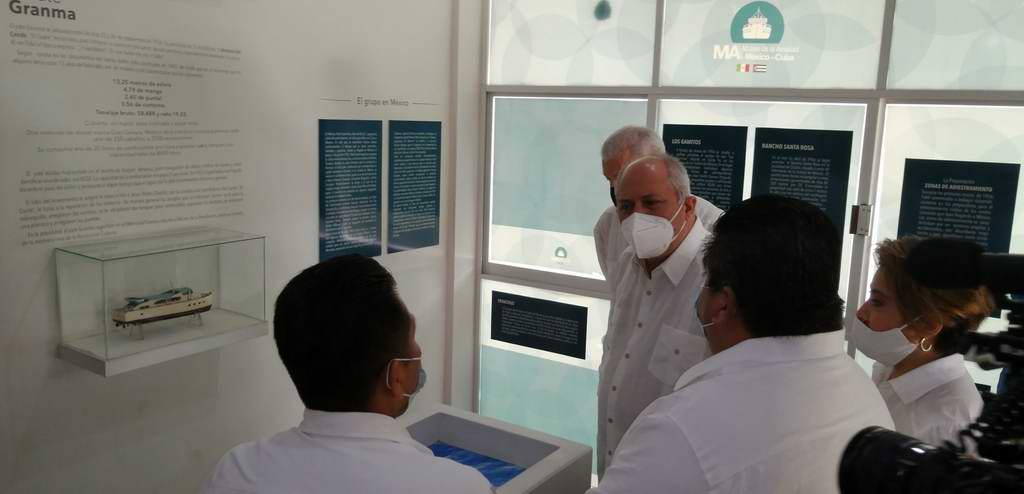 Agradece ministro cubano de Cultura rescate de museo y escultura en México