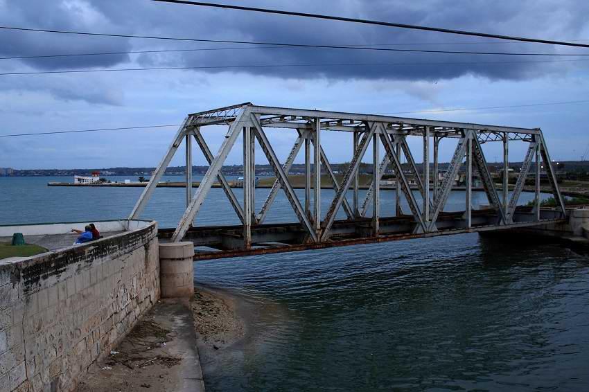 Puente cansado (+Audio)