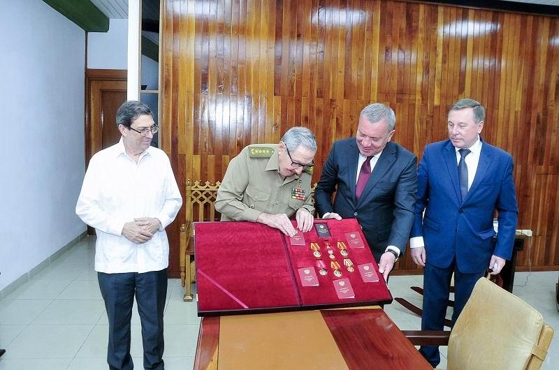 Recibió Raúl al Vicepresidente del Gobierno de la Federación de Rusia