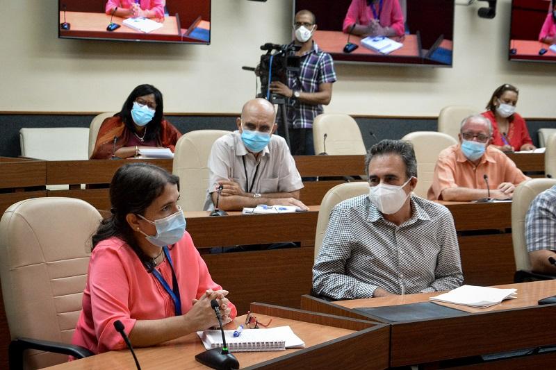 Rigor y responsabilidad acompañan la intervención sanitaria con candidatos vacunales
