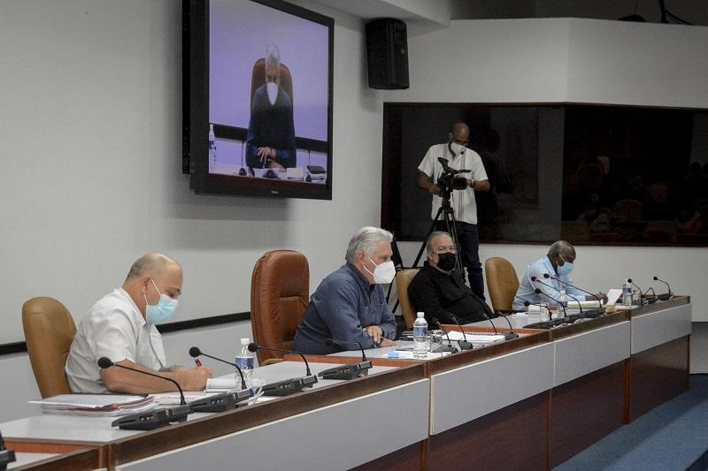 """Díaz-Canel: """"Está por delante la vida del pueblo y el desarrollo del país"""""""