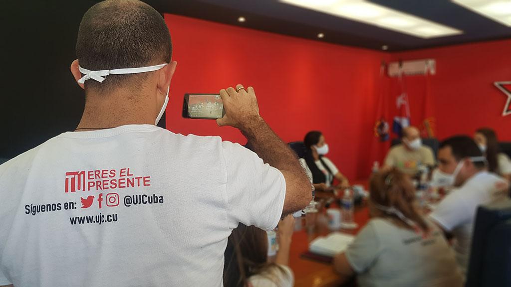 Inician en Cuba celebraciones por los aniversarios de la UJC y la OPJM (+Audio)