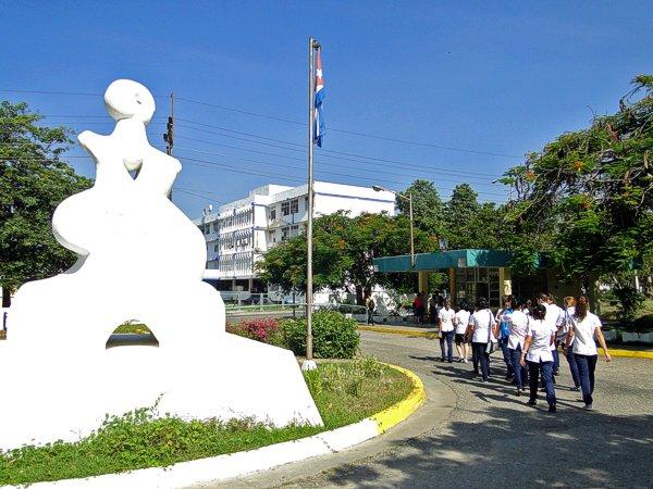 Adecuan proceso docente educativo en Universidad de Ciencias Médicas de Cienfuegos