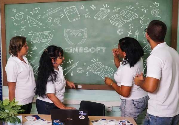 Cinesoft, una empresa al servicio de la enseñanza en Cuba (+Audio)