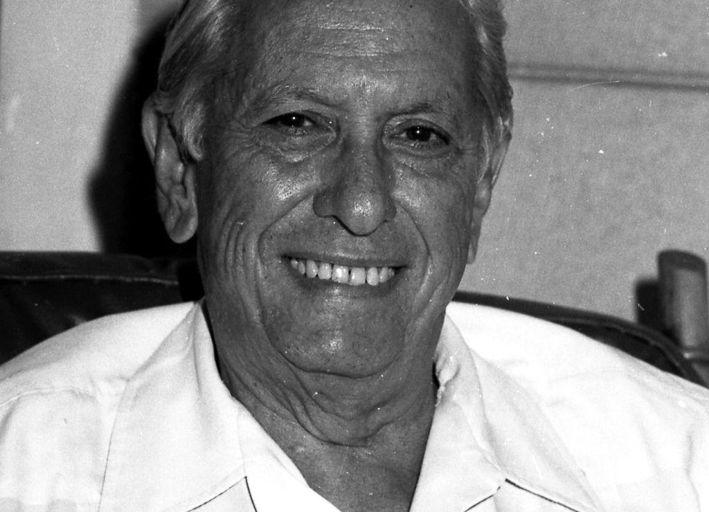 Cintio: desentrañar lo cubano desde la poesía (+Audio)