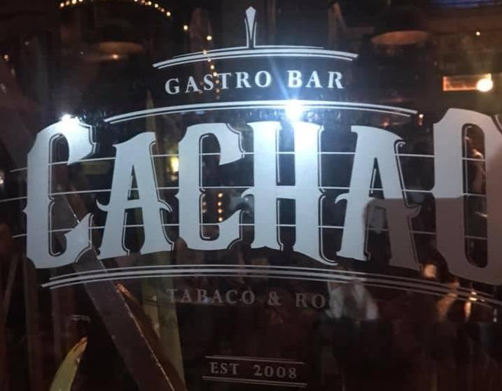 Desde el Bar Cachao: tributo en la distancia