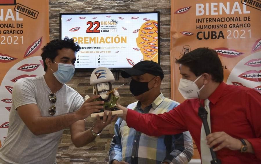 Bienal de Humorismo gráfico premia originalidad de artista de Cuba