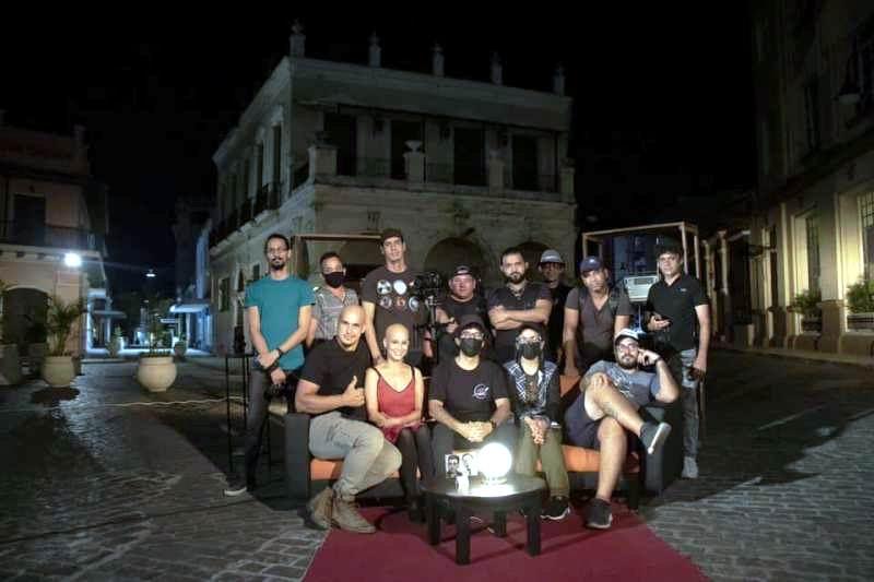 Equipo de realización de la serie Hermanos en el Tiempo. Foto cortesía AHS.