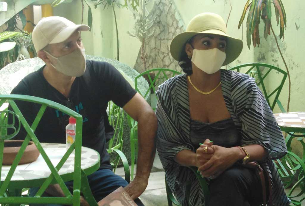 Teatro Tuyo por la Paz, la esperanza y la salud en el verano atípico (+Audio)