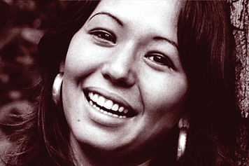 Detrás de la música: la hawaiana Yvonne Elliman (+Audio y Video)