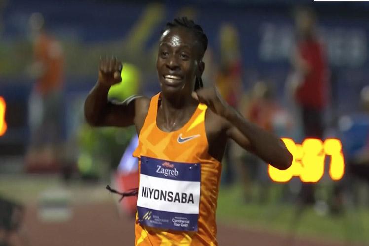 Francine Niyonsaba of Burundi set world record in athletics
