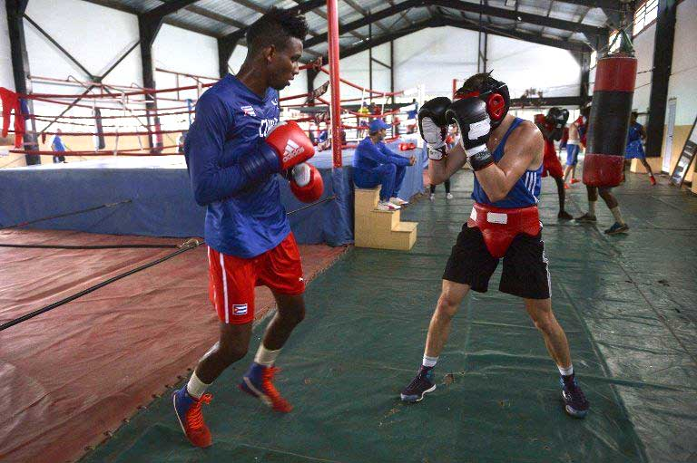 Llegan boxeadores kazajos este jueves a Cuba (+Audio)