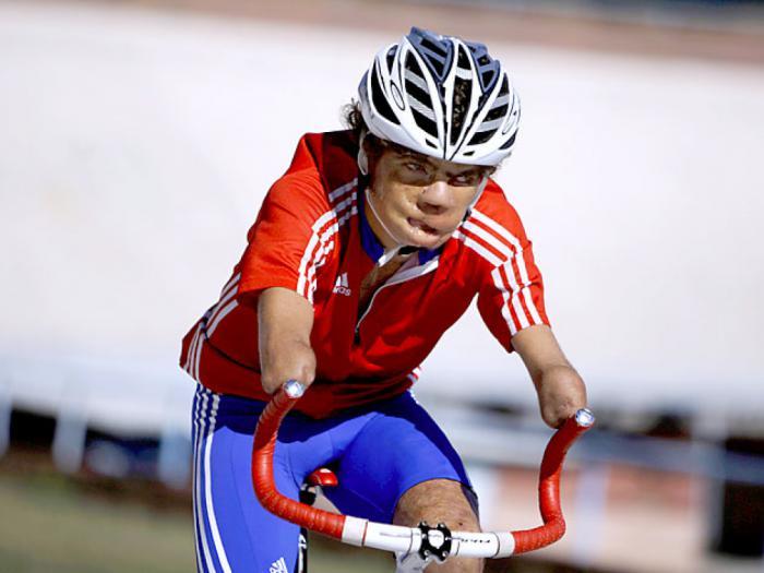Ciclista Damián López, primer cubano en entrar en acción en Paralimpiada Tokio 2020
