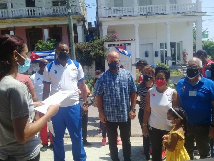 Reconocen en La Habana a Familia Olímpica (+Audio)