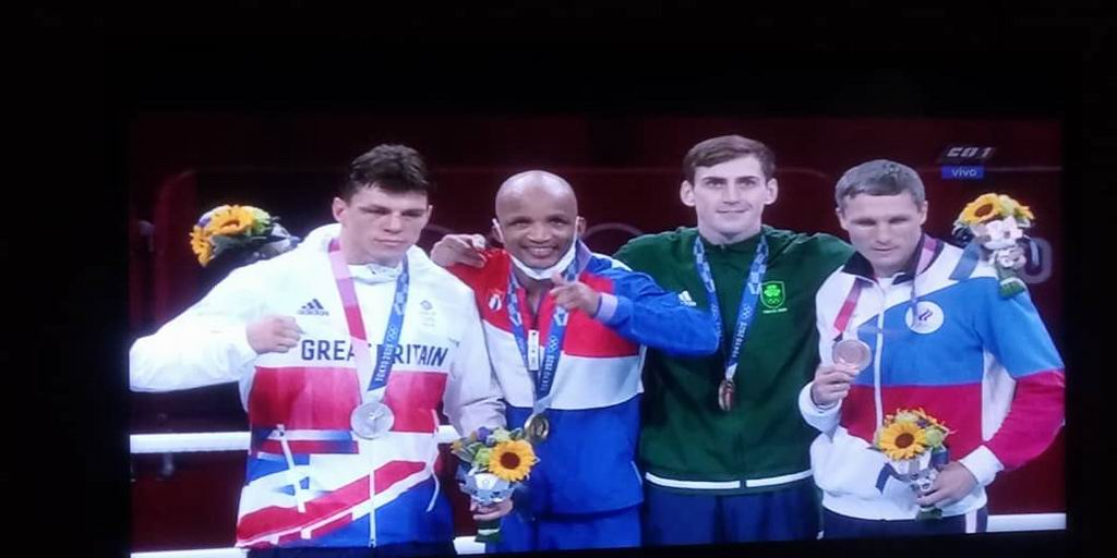 Roniel Iglesias da el primer título al boxeo cubano en Tokio 2020 (+Video)