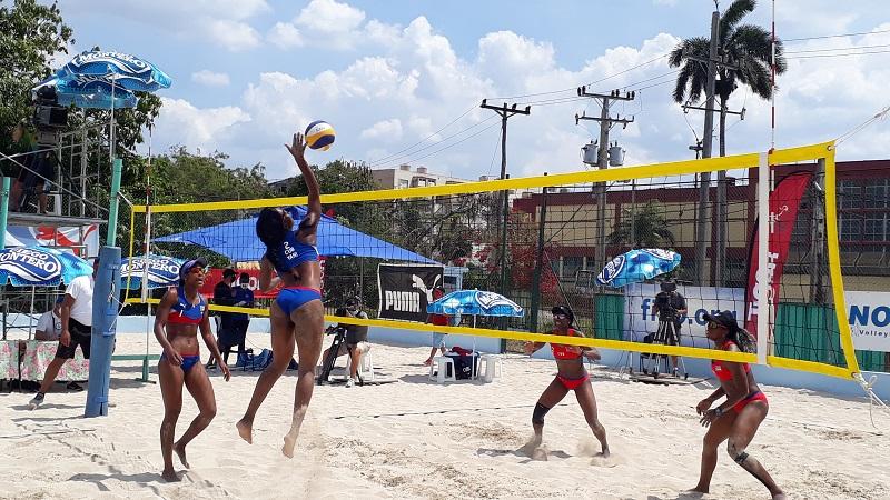 Voleibol de Playa realiza modelaje competitivo (+Audio)