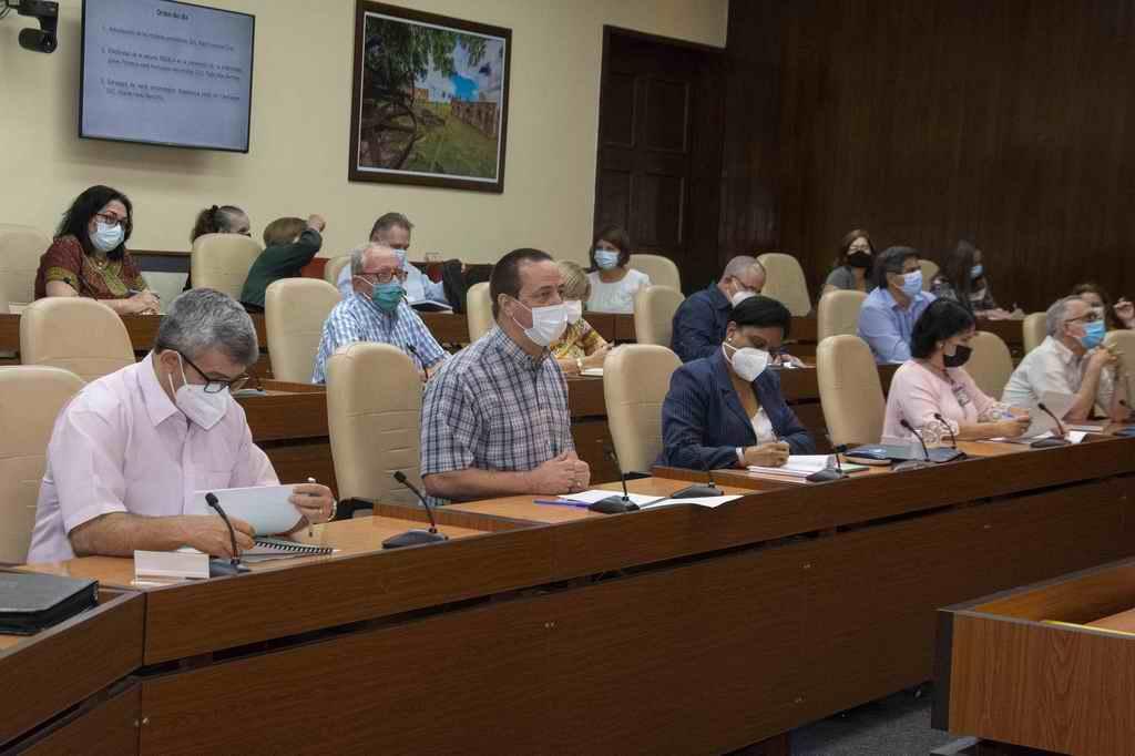 Cuba sigue enfrentando a la COVID-19, con ciencia
