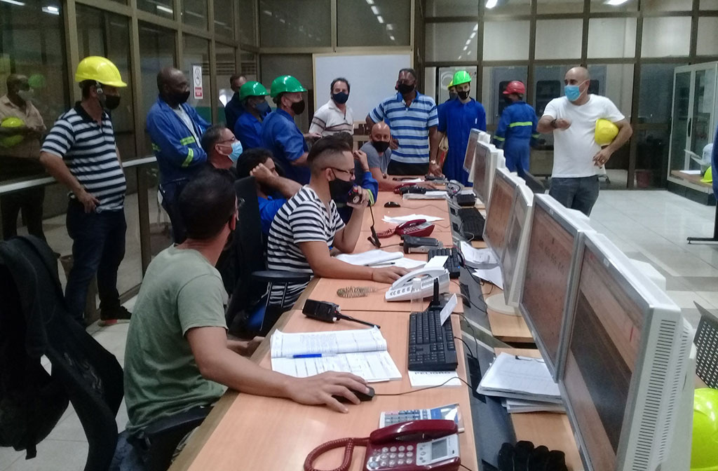 CTE Antonio Guiteras estable en 260 MW y SEN operará hoy con disponibilidad de energía (+Audio)