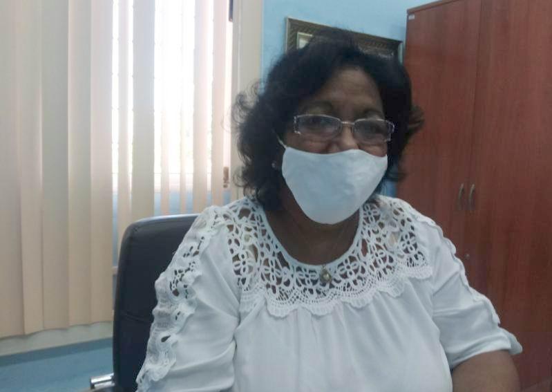 Directora Nacional de la Empresa de Materiales Higiénico Sanitarios (MATHISA), Ingeniera Industrial Enma Hernández Ibarra