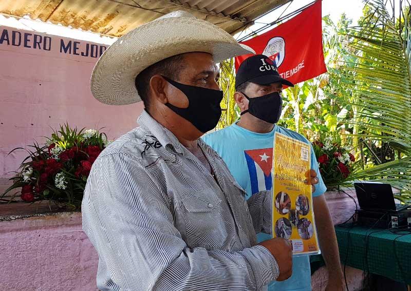 Reconocido el Presidente de la primera Cooperativa millonaria en la entrega de leche en el país, Eliserio Rodríguez.