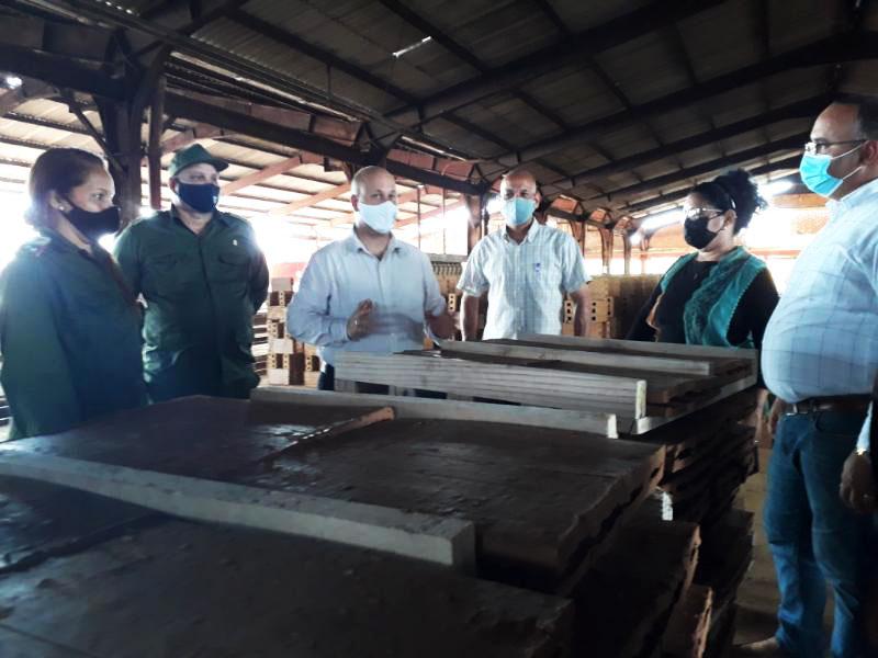 Un reto de los pineros: desde lo endógeno crear a favor del desarrollo local
