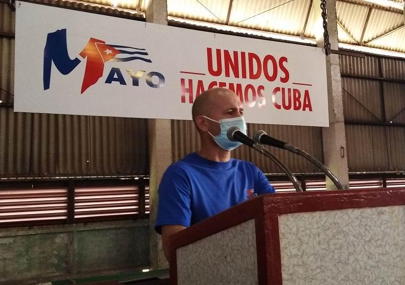 Secretario General de la Central de Trabajadores de Cuba en Las Tunas, Leovanys Ávila Góngora