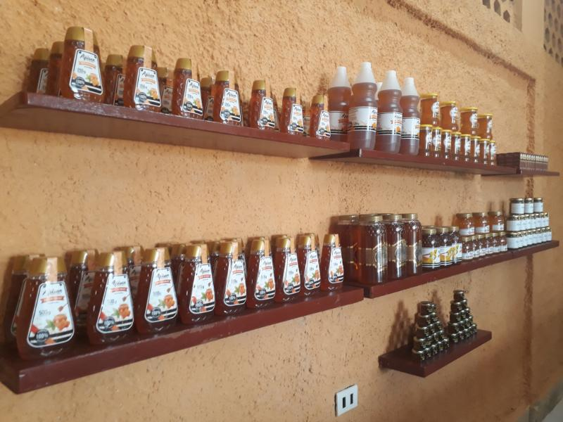 Pronto en boulevard pinero, miel cien por ciento cubana
