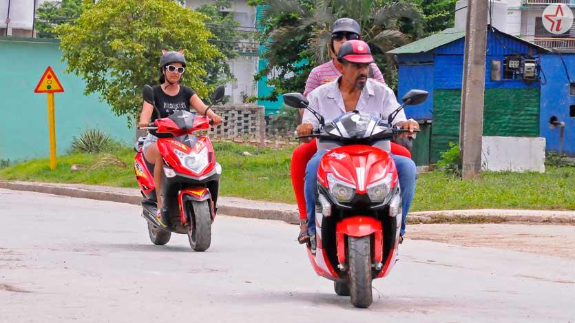 Reanudarán inscripción de ciclomotores y motos eléctricas (+Video)