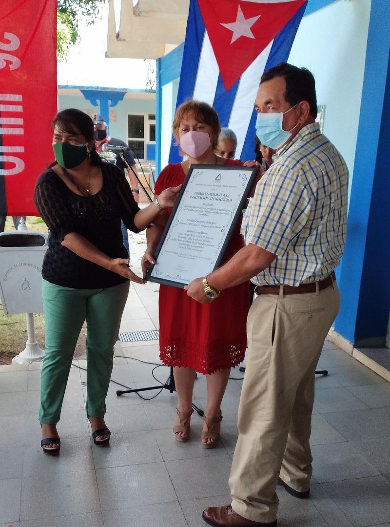 Recibe Cepil en Ciego de Ávila Premio Nacional de Innovación Tecnológica