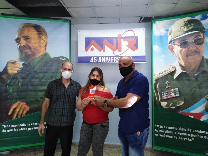 Otorgaron trofeo Aniversario 45 de la ANIR a colectivos de innovadores tuneros