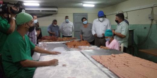Chequea vicepresidente cubano programa de producción de alimentos en Artemisa