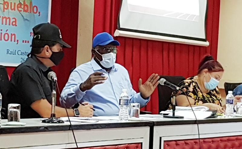 Chequea Vicepresidente cubano programas alimentarios en Camagüey (+Audio)
