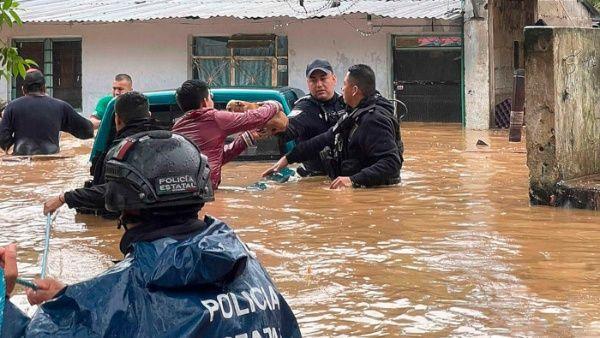 Hurricane Grace passes through Mexico, leaving 11 dead