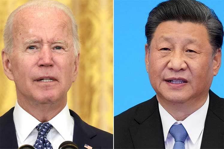 Conversan telefónicamente Biden y Xi para evitar un conflicto entre EEUU y Chi