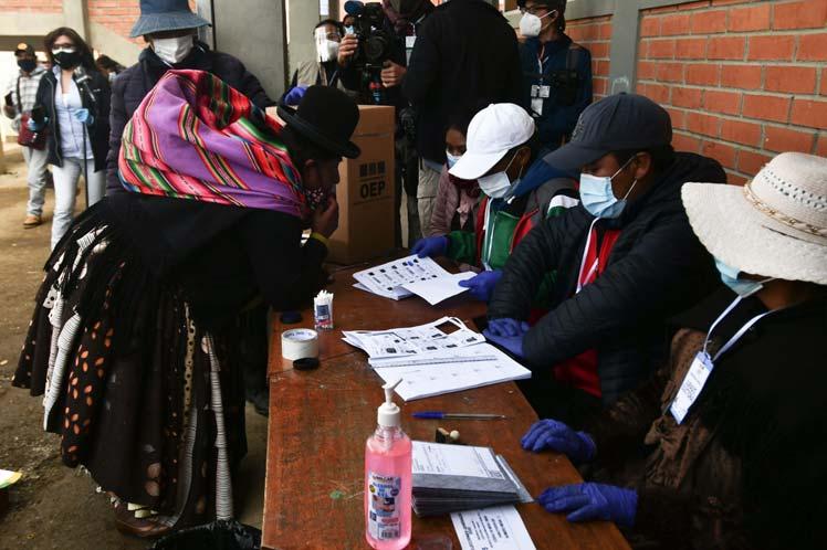 Este domingo los bolivianos a las urnas para comicios regionales