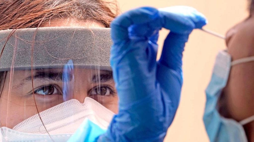 Aumenta variante delta del coronavirus el umbral para alcanzar la inmunidad de grupo necesaria