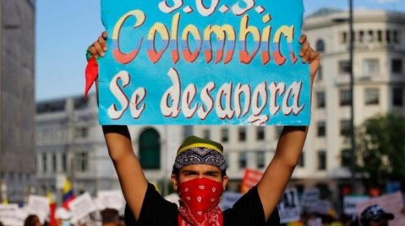 Protests continue as talks with Colombian government fail