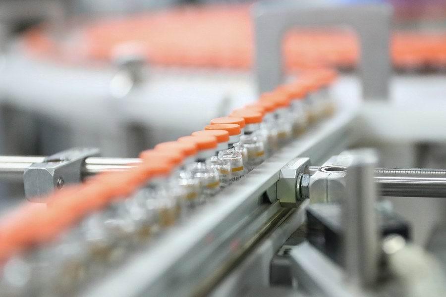 China aumenta producción de vacuna contra la Covid-19