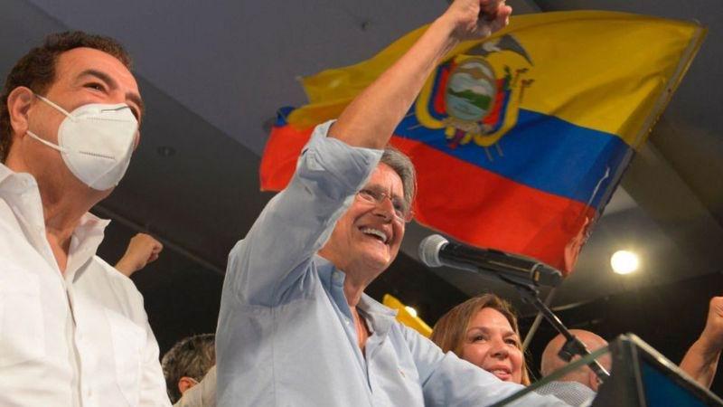 El banquero derechista y multimillonario Guillermo Lasso es el nuevo presidente de Ecuador