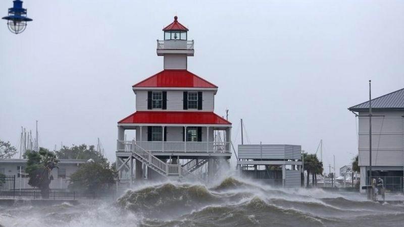 Huracán Ida deja dolor en Estados Unidos a 16 años del Katrina (+Fotos y video)