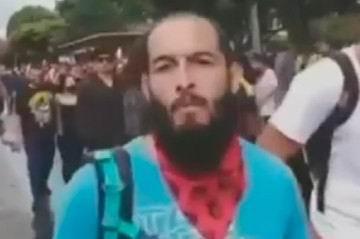 El estudiante Lucas Villa se encuentra en estado crítico después de recibir varios impactos de bala el 5 de mayo mientras se encontraba en un plantón en la ciudad de Pereira