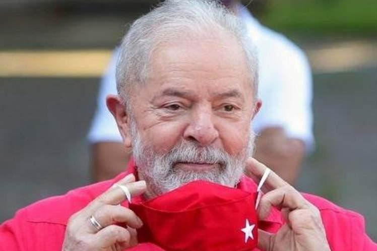 Sobrepasa Lula da Silva al presidente Bolsonaro en intención de voto