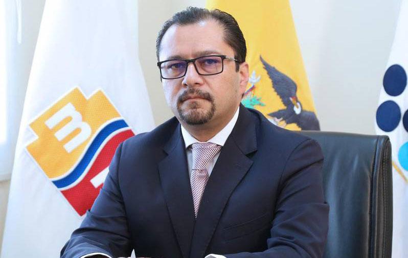 Sustituyen a Ministro de Salud en Ecuador
