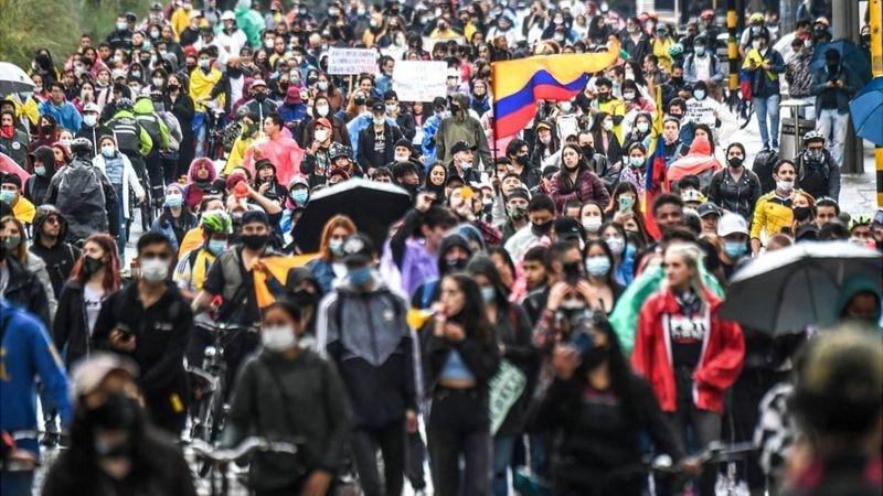 Continúan protestas en Colombia