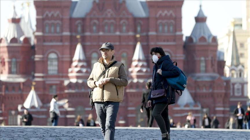 Russia orders non-working week after record COVID deaths