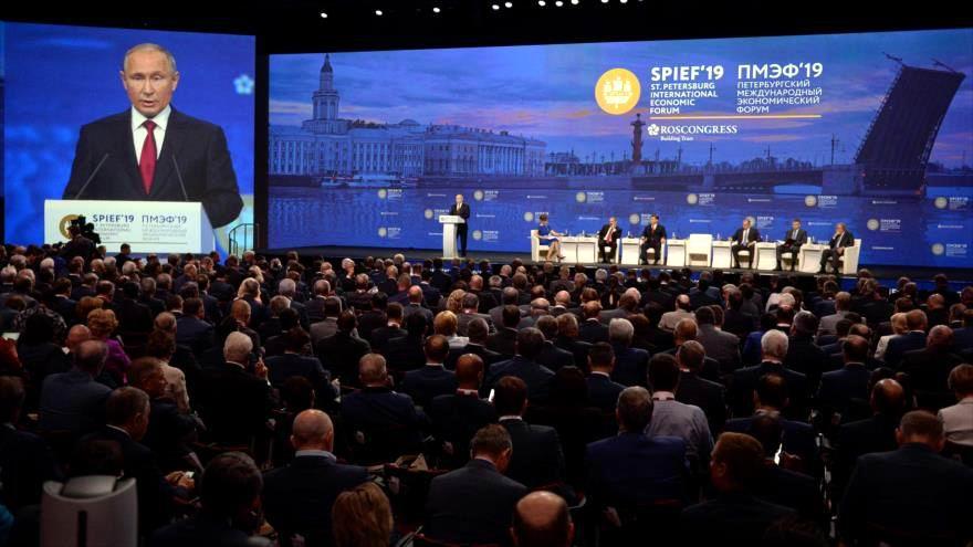 Putin: Es un error de Estados Unidos usar el dólar como una herramienta de sanción (+Video)