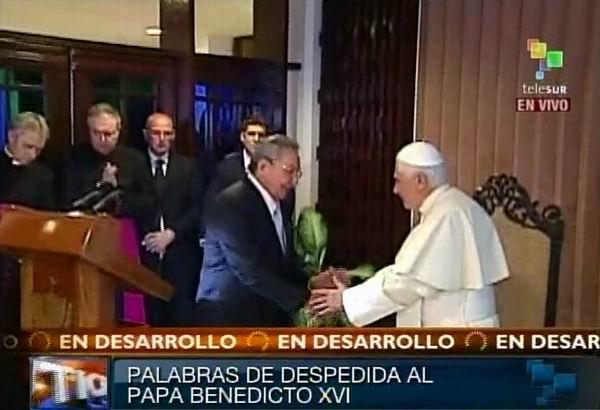 Despide Presidente de Cuba a Su Santidad Benedicto XVI
