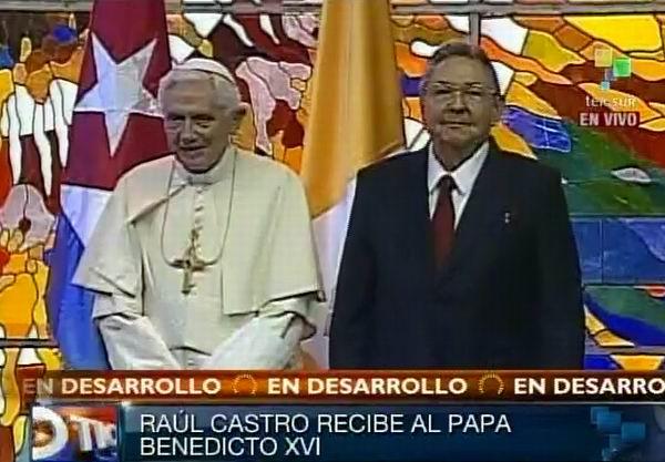 Raúl Castro junto a Su Santidad Benedicto XVI. Foto Radio Rebelde/Telesur